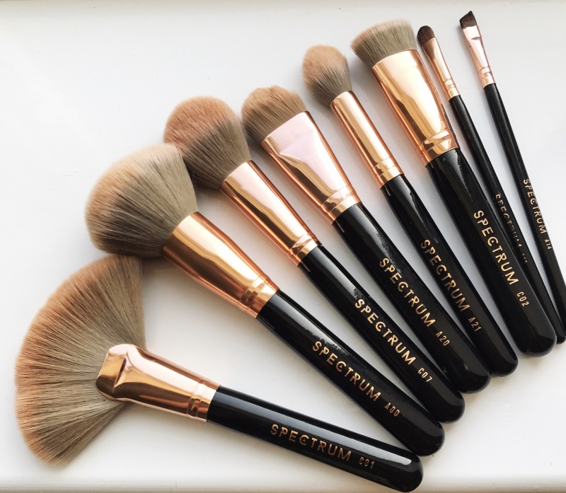 Make up brushes before using the StylPro Make Up Brush Cleaner and Dryer